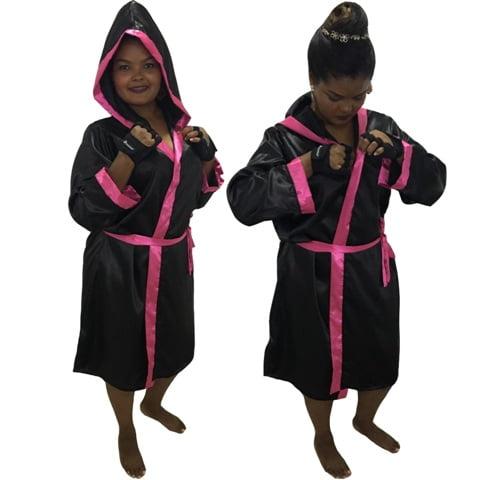 Robe Roupão de Cetim Feminino de Manga Quimono Preto Faixa Rosa Pink com Capuz